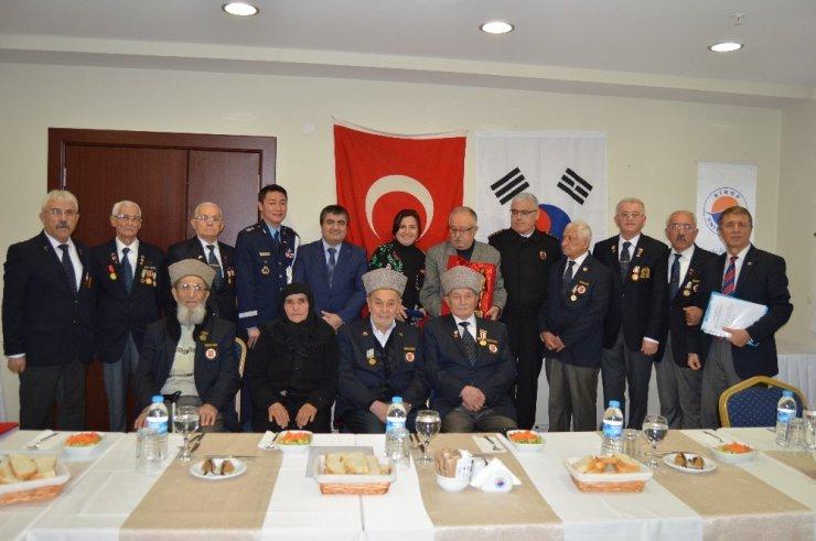 Güney Kore'den gazi torunlarına eğitim yardımı