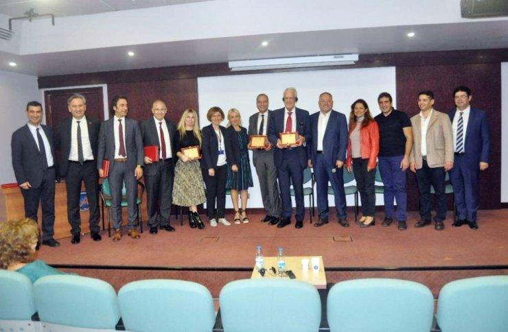 Akdeniz Üniversitesi Hastanesinde Onkoplastik Meme Cerrahisi Günleri