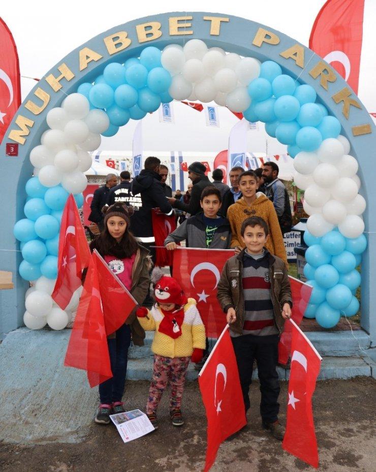 Tuşba Belediyesinden 'Muhabbet Parkı' açılışı