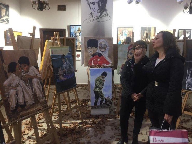 Zonguldak'ta yağlı boya sergisi açıldı