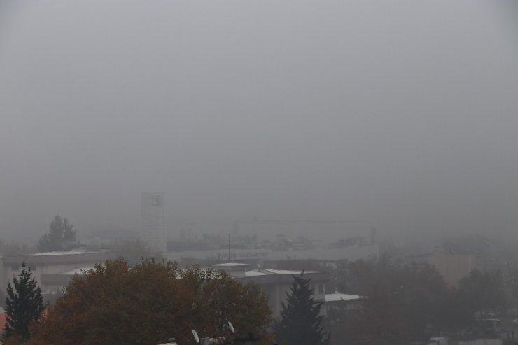 Gaziantep'te sis 3 gündür etkisini sürdürüyor