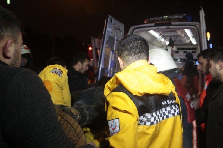 Kontrolden çıkan otomobilin çarptığı araç önce takla attı sonra EDS direğine çarptı