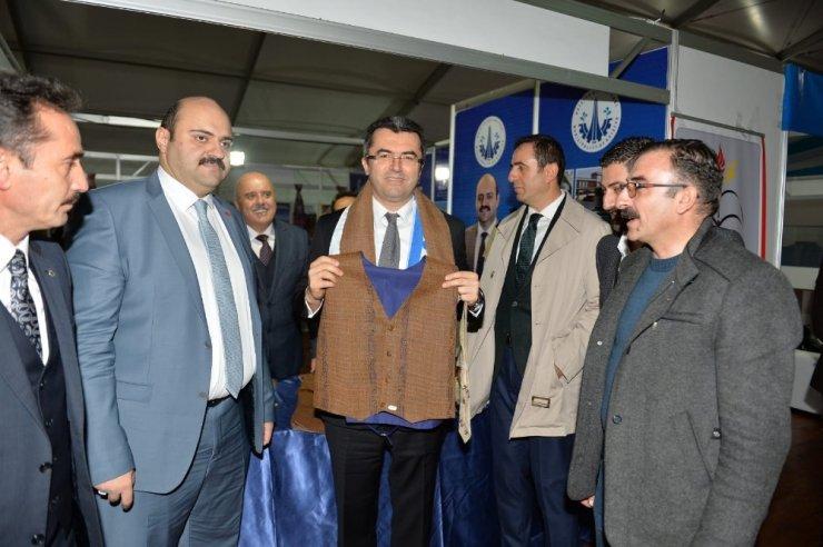 Vali Memiş kayakseverleri Erzurum'a davet etti