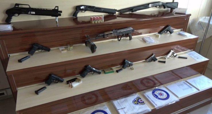 Kaçanlar Grubu çetesine operasyon: 17 tutuklama
