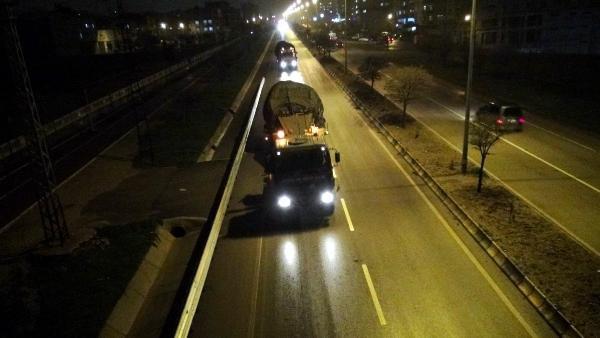 Kilis'ten Münbiç bölgesine tank sevkiyatı