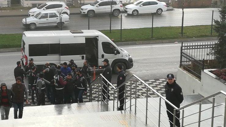 Panelvan araç cinayetinde 3 tutuklama
