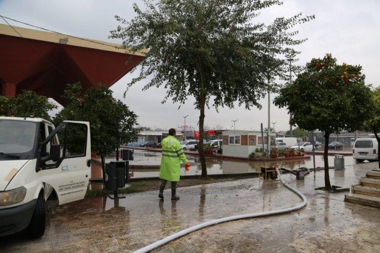 Otogarı basan su tahliye edildi