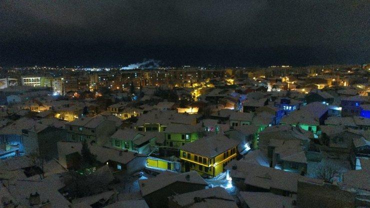 Tarihi Odunpazarı'nda havadan kar görüntüleri