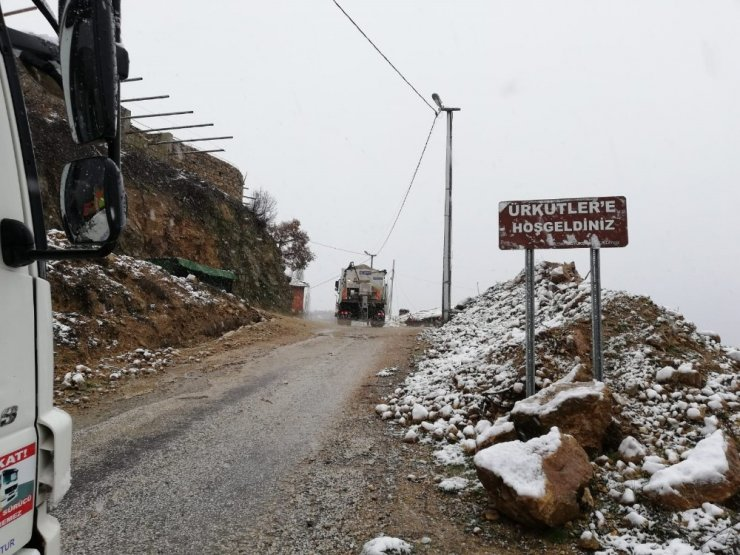 İzmir'in karla mücadelesinde ilk gün raporu