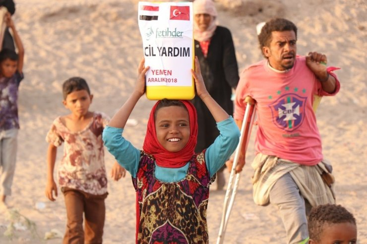 Türkiye'den Yemen'e insani yardım