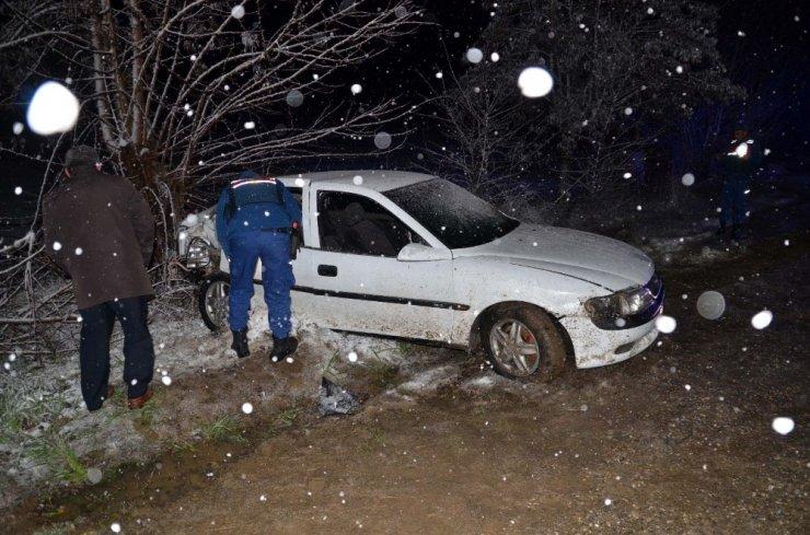 Kar yağışı beraberinde kazaları getirdi: 1 ölü, 8 yaralı