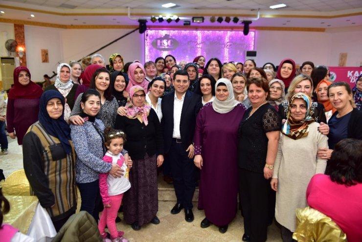 Tütüncü, kadınlar buluşmasına katıldı