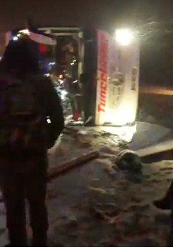 Kırşehir'de trafik kazası, ölü ve yaralılar var