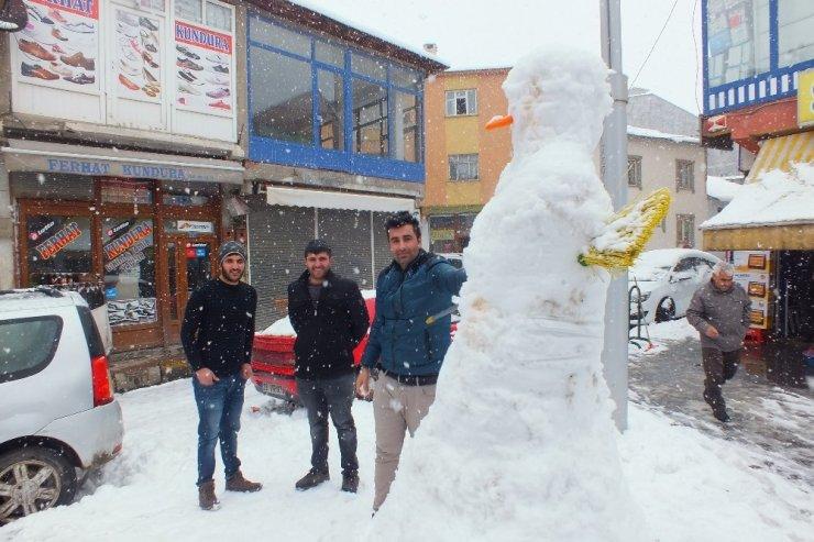 Malazgirt'te kar kürekleri tamamen tüketildi
