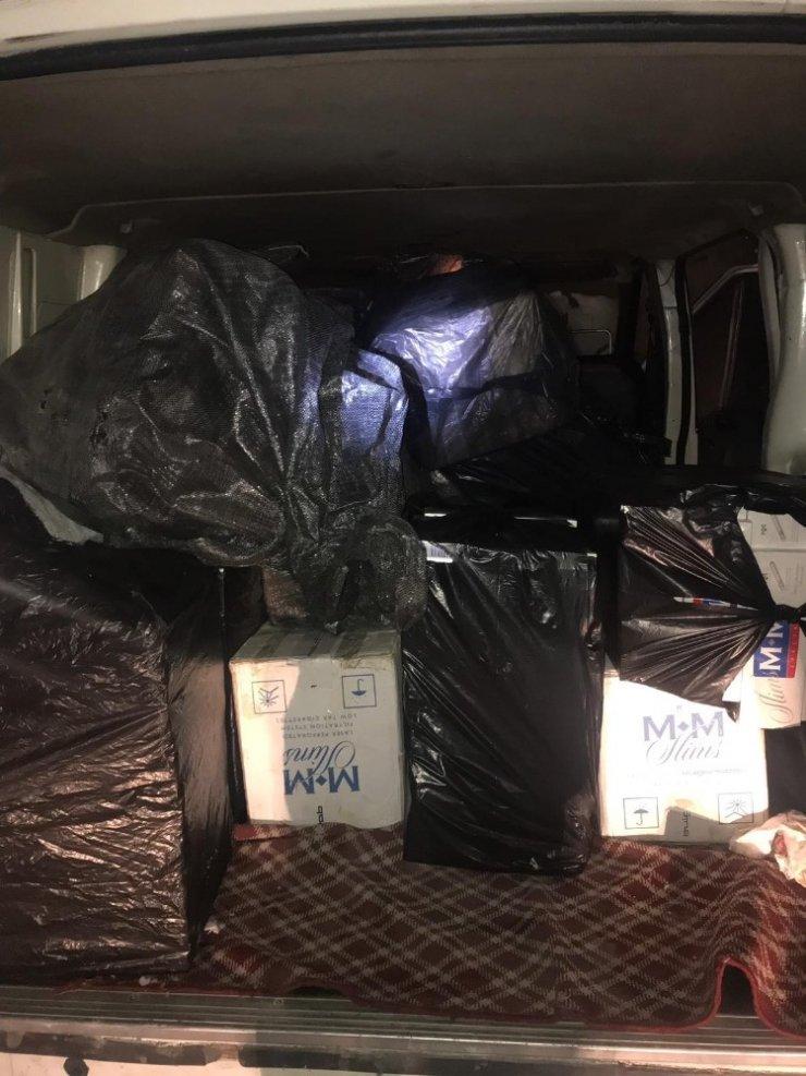 Van'da 10 bin paket kaçak sigara ele geçirildi