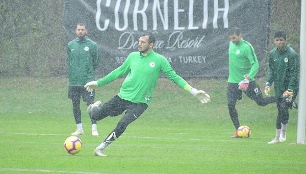 Atiker Konyaspor şut ve gol çalıştı