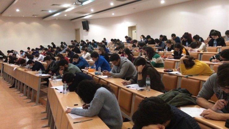 GKV Özel Liselerinden üniversite simülasyon sınavı