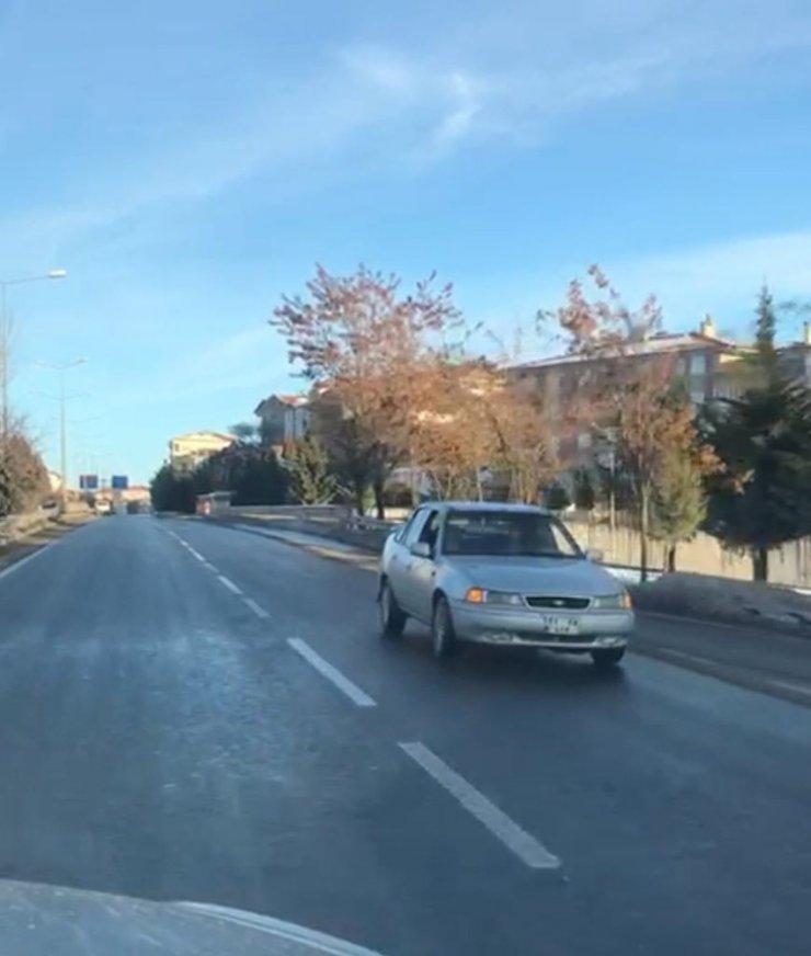 Nevşehir'de ters şeride giren araç geri geri gitti