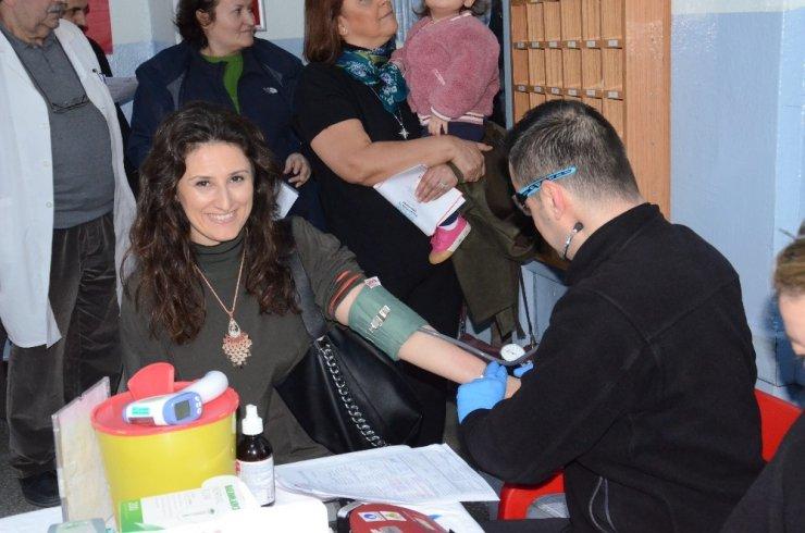 Balıkesir Lisesinde kök hücre ve kan bağış kampanyası