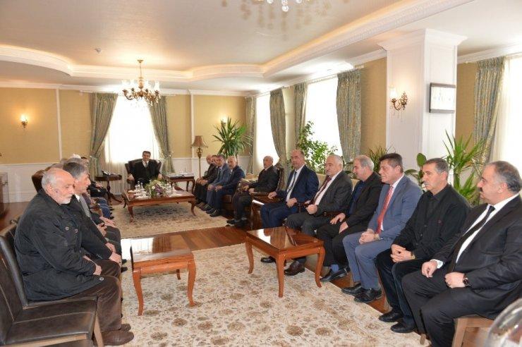 Kanaat önderlerinden Vali Memiş'e ziyaret ile ilgili görsel sonucu