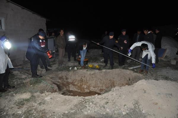 Konya'da 11 aylık bebeğin cansız bedeni,atık su çukurunda bulundu