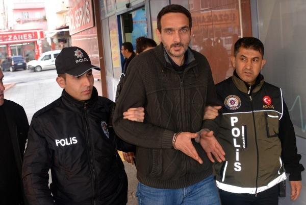 Aranan cezaevi firarisi caddede gezerken yakalandı