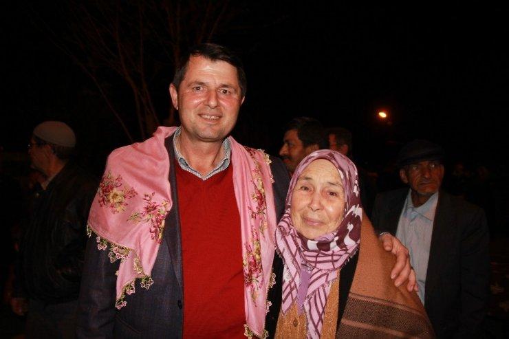 Baklaköy'den Veli Tuna'ya nazar boncuğu