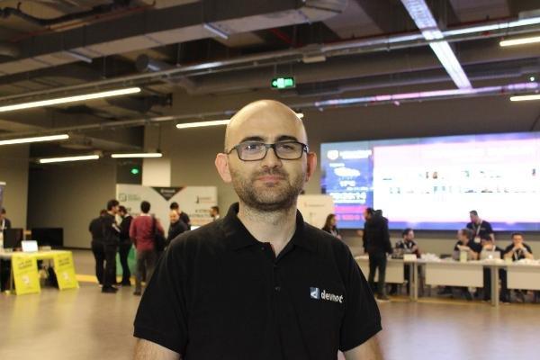Yazılımcılar yurt dışına göç ediyor
