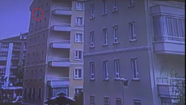 Konya'da 5'inci kattan düşen çocuğun düşme anı görüntüsü ortaya çıktı