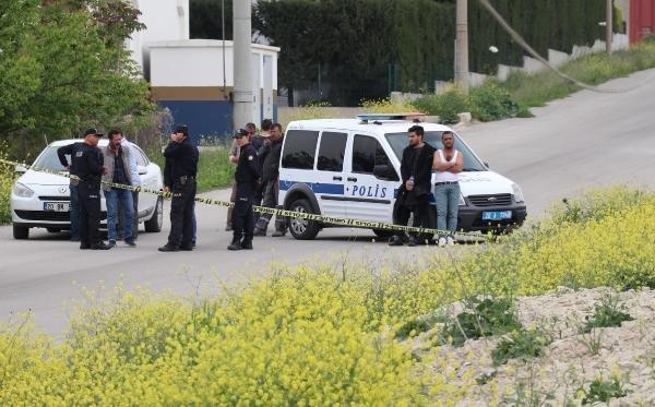 Fabrika satışında silahlı kavga: 3 yaralı