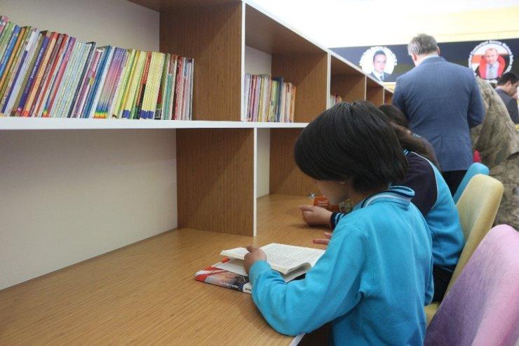 Şehit Polis Memurunun Adı Kütüphanede Yaşatılacak