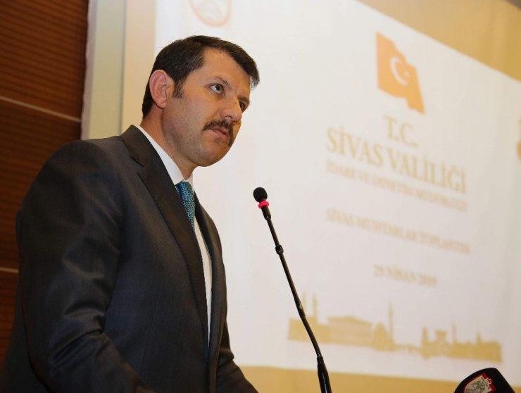 """Vali Ayhan, """"Muhtarlık, vatandaşın devlete açıldığı ilk kapıdır"""""""