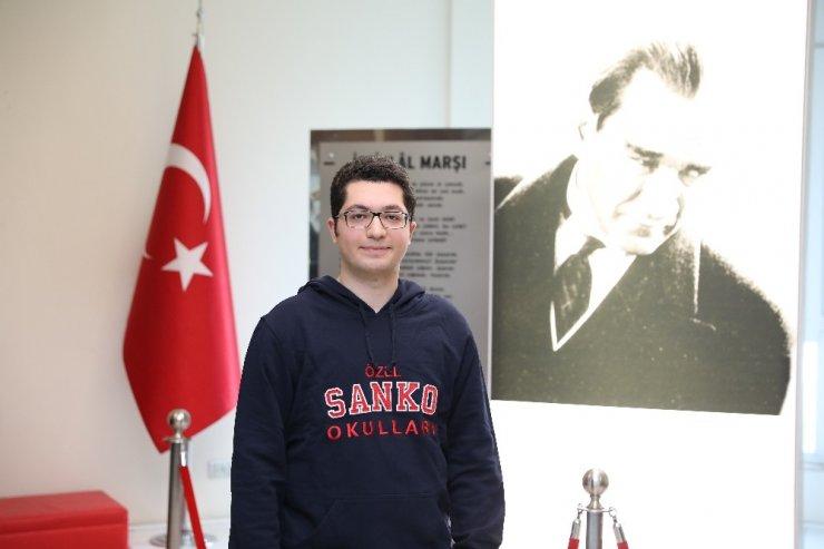 SANKO Liseleri öğrencisi Türkiye dördüncüsü oldu