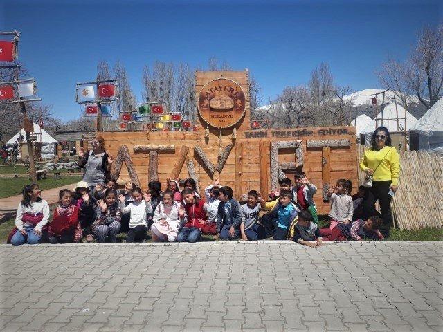 TEGV çocukları Atayurt'u gezdi