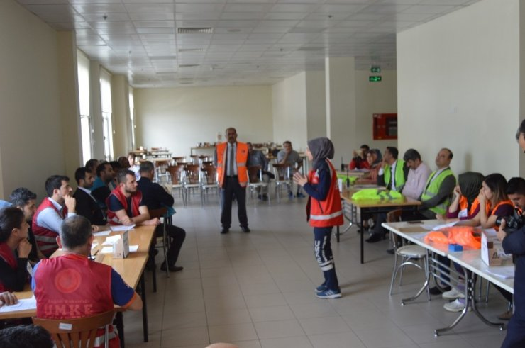 Besni Devlet Hastanesinde HAP tatbikatı yapıldı