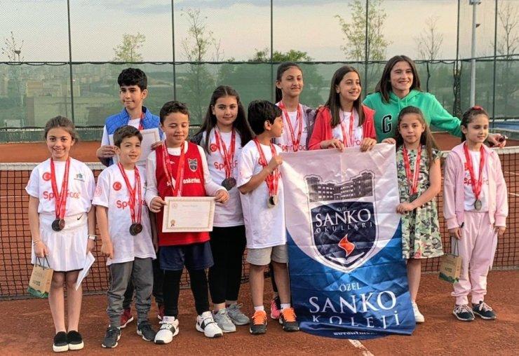 Gaziantep il birinciliği ferdi tenis turnuvası