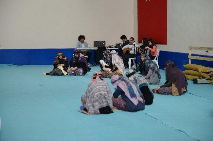 Kumluca'da öğrenciler Kut'ül Amare savaşlarını canlandırdı