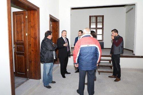 """Melikgazi Belediye Başkanı Dr. Mustafa Palancıoğlu, """"Tarihi Gesi İlkokulu, Bölge Turizmine Hizmet Verecek"""""""