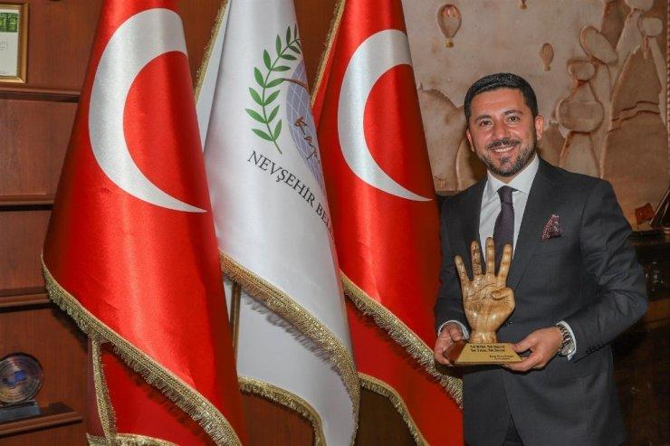 Belediye Başkanı Arı, Nevşehir halkına teşekkür etti