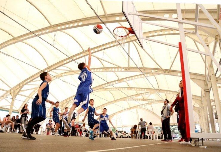 Sokak Basketbolu Turnuvası'nda 400 takım mücadele etti
