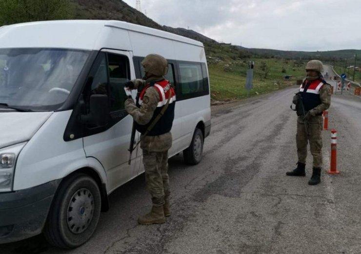 Jandarmadan 'Türkiye duman' uygulaması: 3 gözaltı