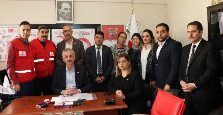 Kızılaydan 'Hilal Olsun Türkiye' kampanyası