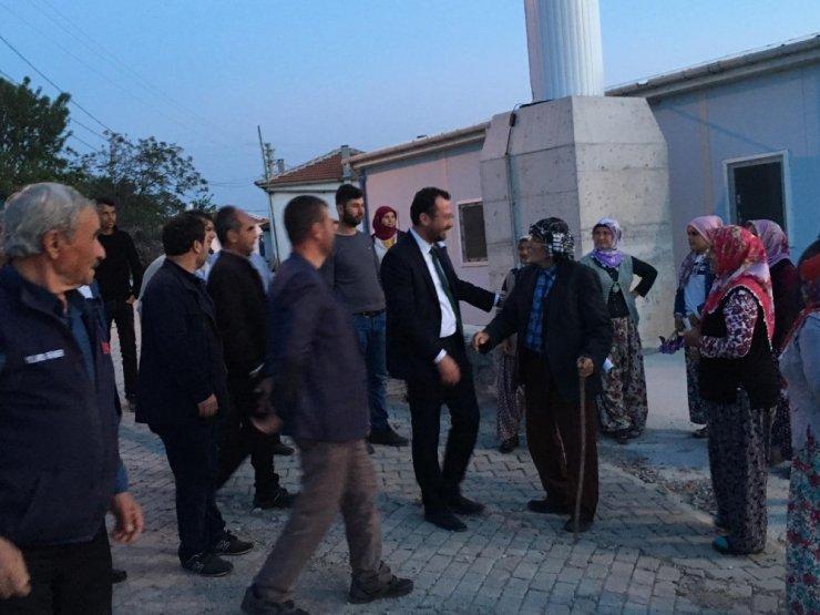 Meclis üyesi Aloğlu mahalle mahalle geziyor