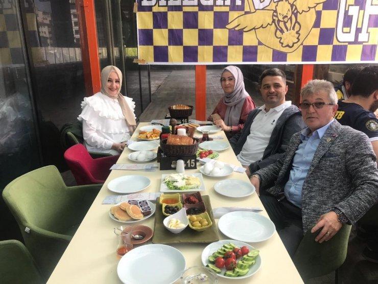 Bilecik'te Fenerbahçeliler kahvaltıda buluştu