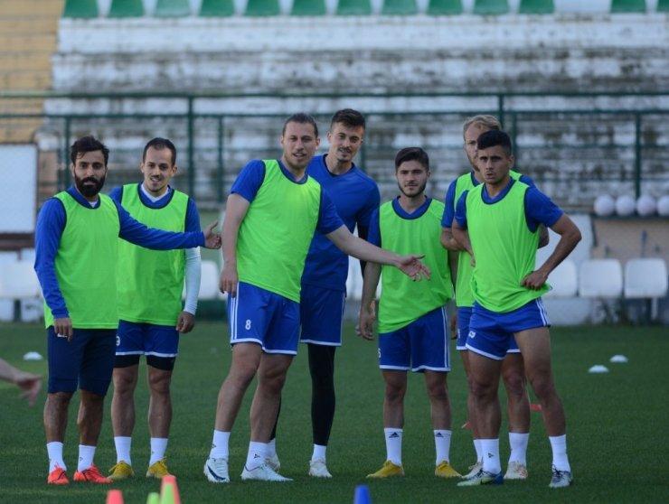 Play-off'u garantileyen Manisa BBSK son maça hazırlanıyor