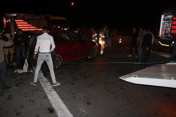 Zincirleme kazada araçtan fırlayıp, viyadükten düştü