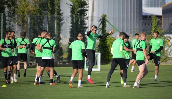 Atiker Konyaspor, Kasımpaşa maçının hazırlıklarına başladı