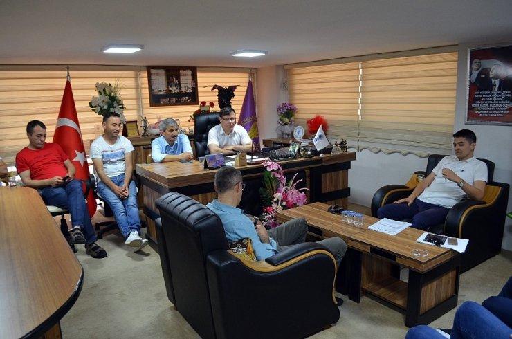 Didim'de elektrikçilerin sorunları dinlendi