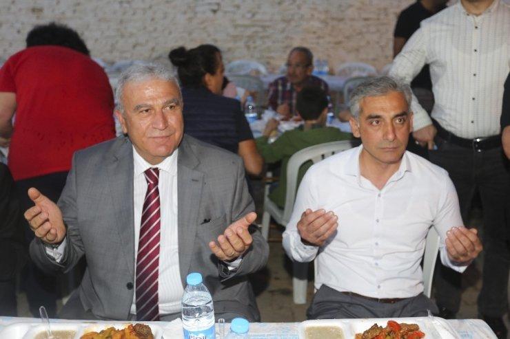 Başkan Atay, Kuyulu'da vatandaşla buluştu