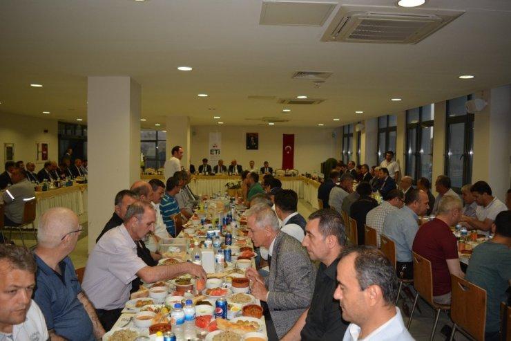 Eti Bor'da geleneksel iftar